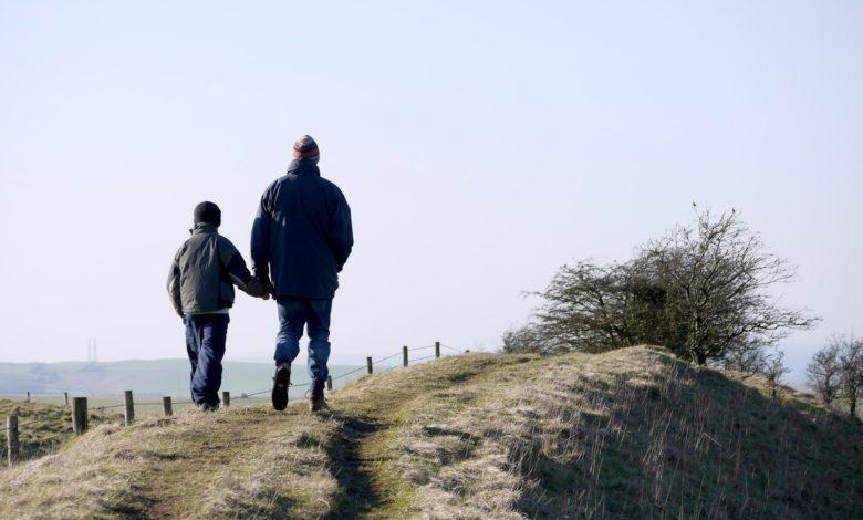كيف تتعامل مع طفلك المصاب بفرط الحركة وتشتت الإنتباه