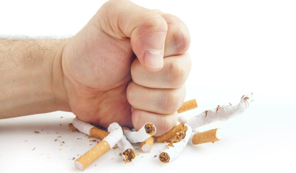 طرق تخطي أعراض الإقلاع عن التدخين في 4 خطوات؟