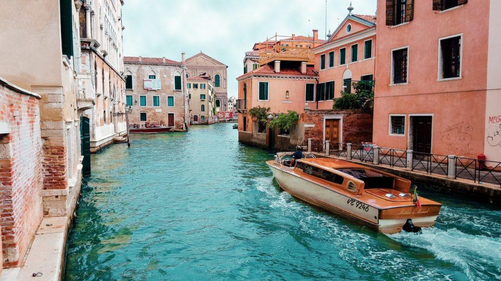 كيف تسافر إلى إيطاليا بطريقة شرعية : أهم 10 معلومات 3