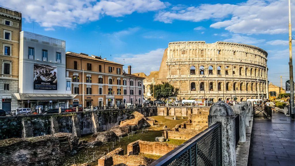 كيف تسافر إلى إيطاليا بطريقة شرعية : أهم 10 معلومات 1