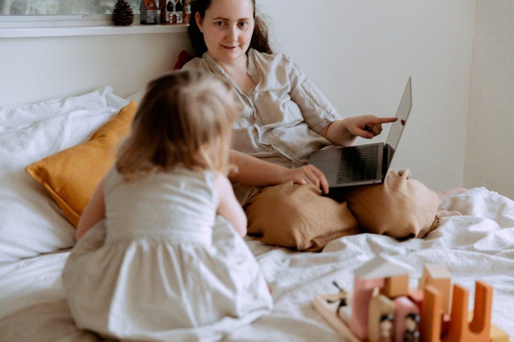 كيفية تعليم طفلك الكلام