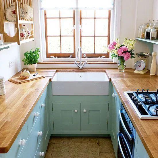 إمكانية تخطيط المطبخ بـ الوان مبهجة