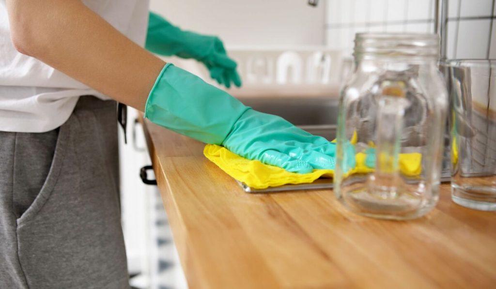 كيفية إعداد منظف الرخام الطبيعي