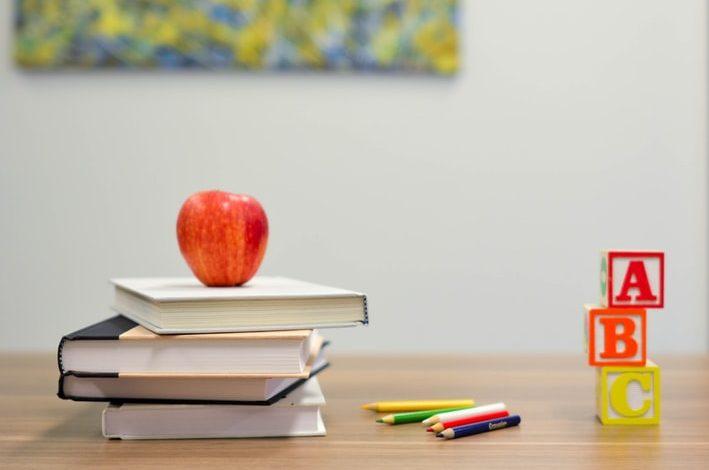 كيف أتعلم اللغة الإنجليزية بـ 11 طريقة للتحدث بطلاقة