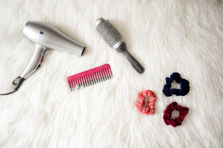 عادات صحية تساعد في علاج قشرة الشعر