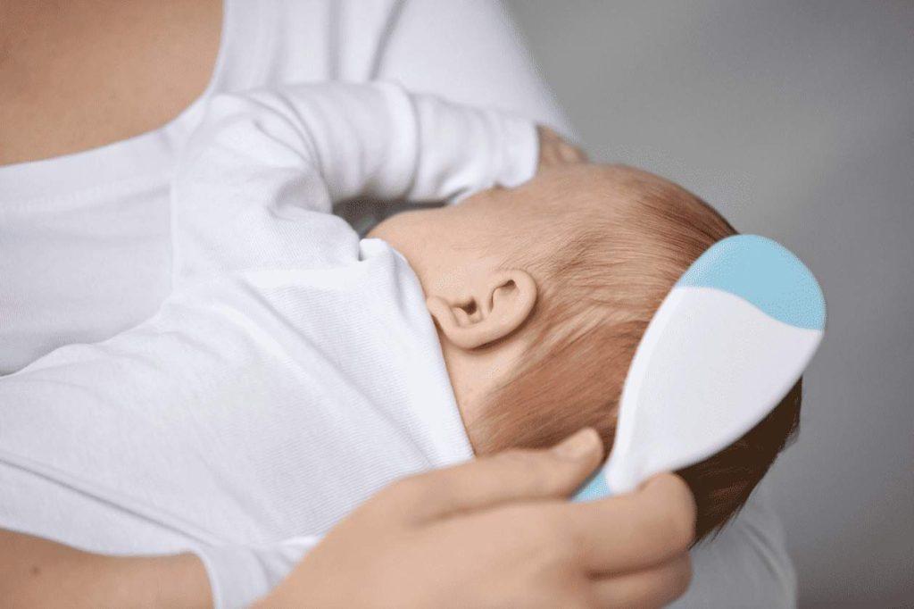 علاج قشرة رأس الرضيع