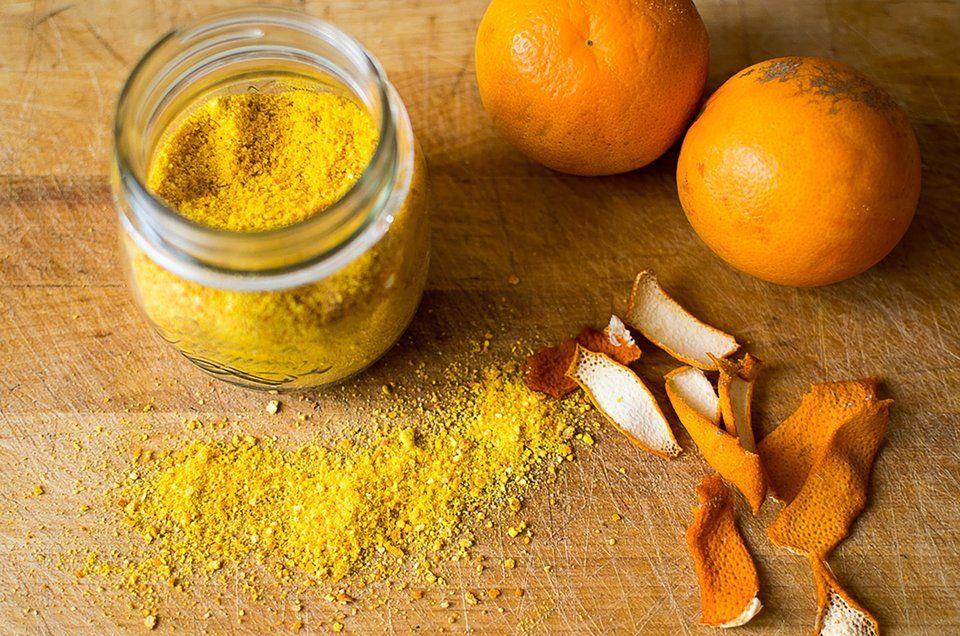 قشر البرتقال الطازج لتفتيح البشرة