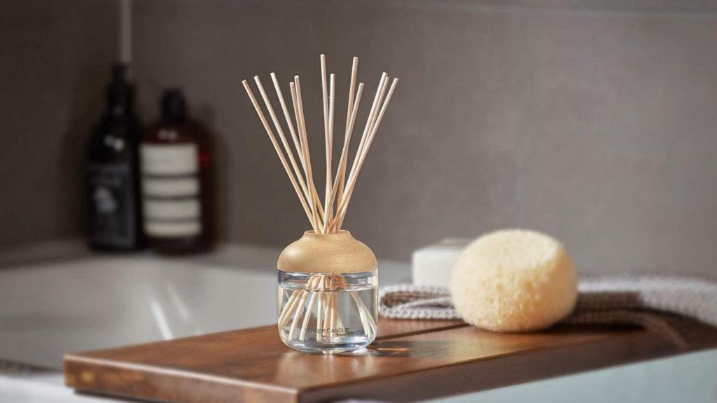 كيفية جعل رائحة المنزل جميلة دائماً