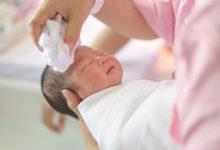 كيفية علاج قشرة رأس الرضيع بطرق طبيعية آمنة في 20 دقيقة؟