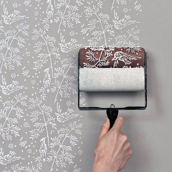إخفاء عيوب الجدران في المنزل