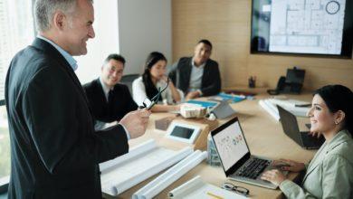 كيفية بناء العلاقات الناجحة مع العملاء بشكل فعال في 4 خطوات؟