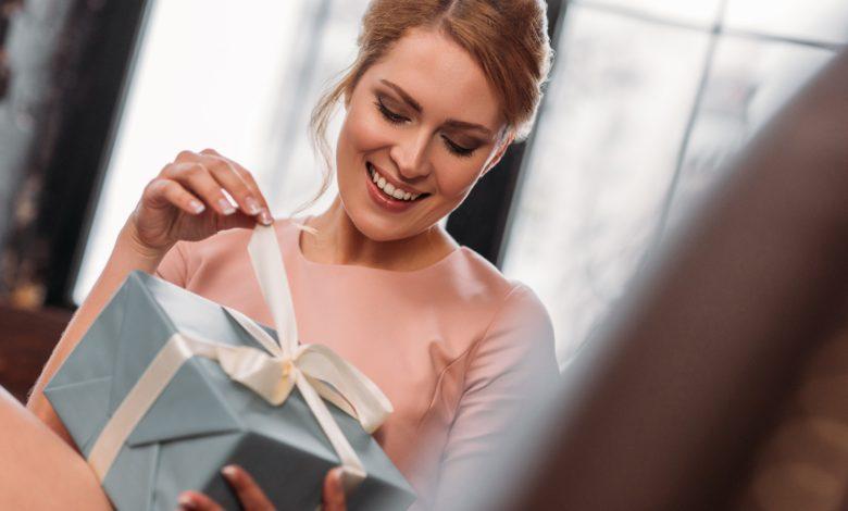 كيفية اختيار هدايا عيد الحب في 2021؟