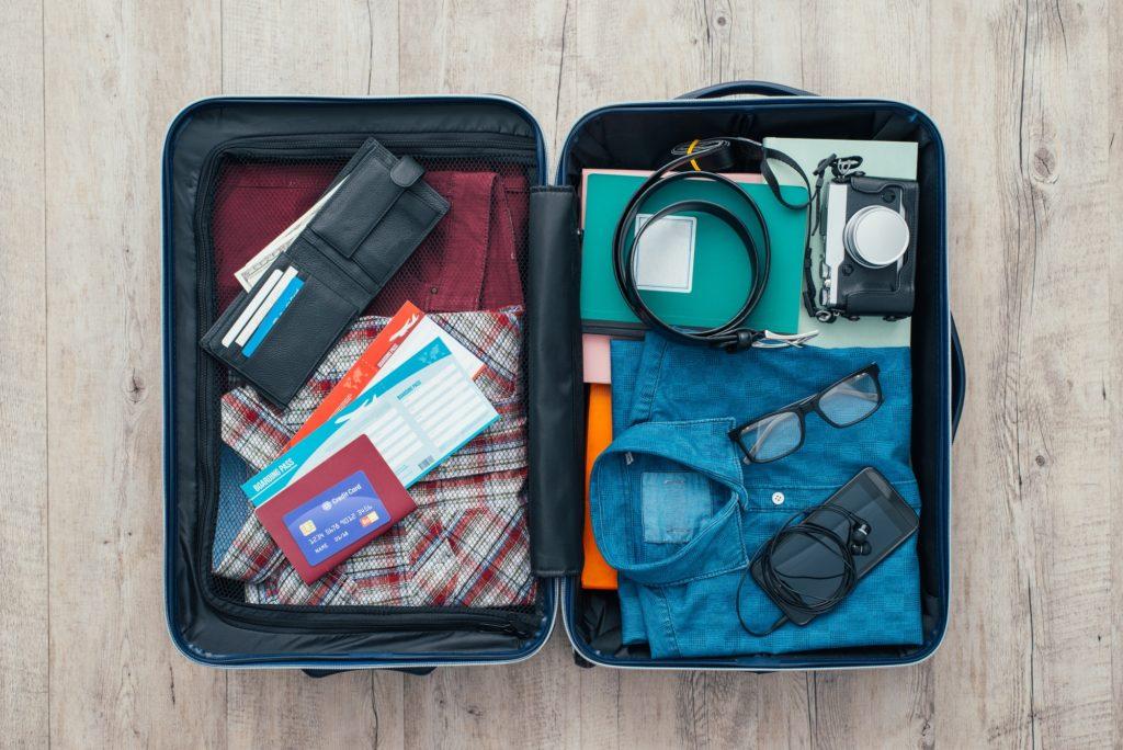 خطوات تجهيز حقيبة السفر