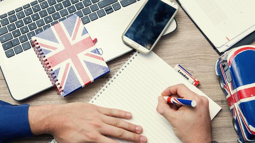 كيفية تعلم مهارات اللغة الانجليزية للمبتدئين