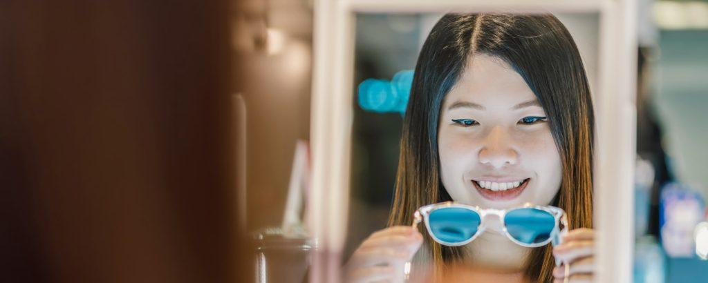 عوامل اختيار النظارة الشمسية مناسب لشكل الوجه