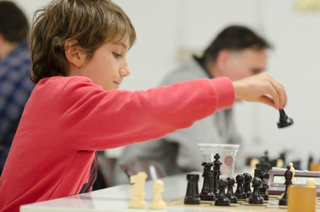 ما هي قوانين الشطرنج؟