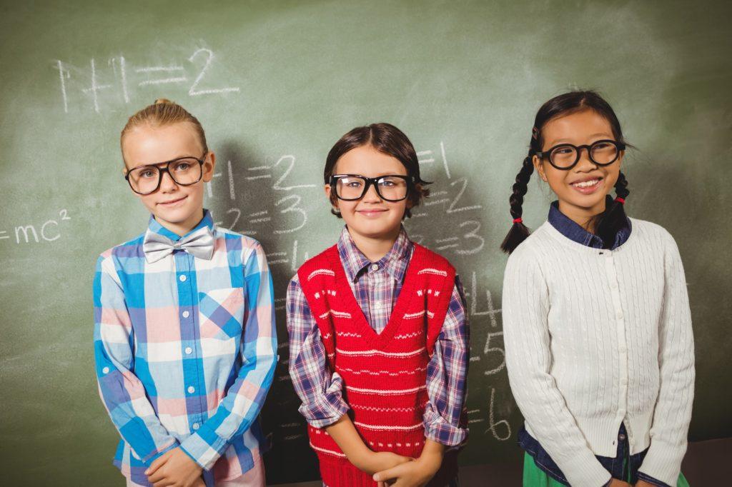 أهم النصائح للتكيف عند ارتداء النظارة الطبية الجديدة بشكل أفضل؟