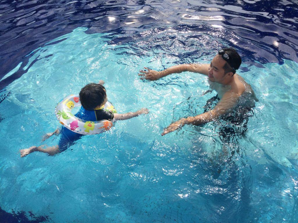 أهمية تعلم السباحة للمبتدئين