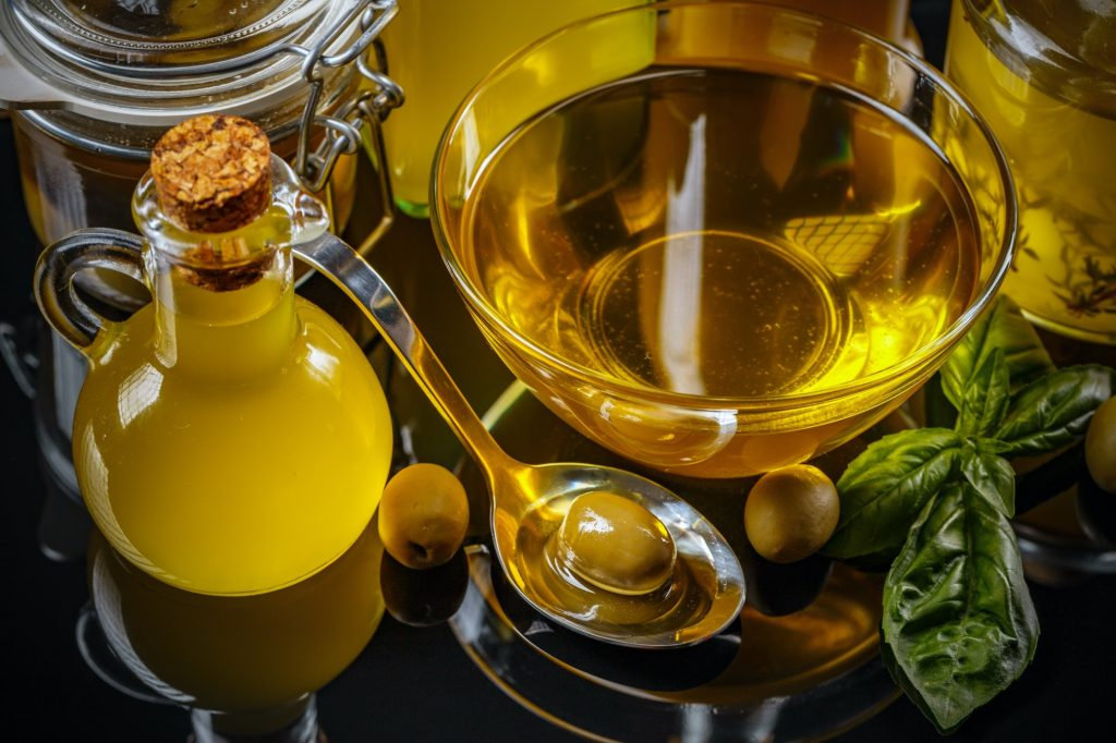 استخدام زيت الزيتون للبشرة