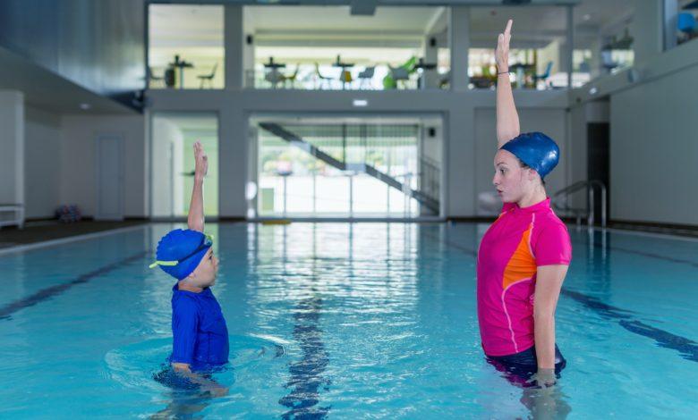 كيفية تعلم السباحة للمبتدئين ؟: أهم 3 طرق للوصول لمستوى الاحتراف