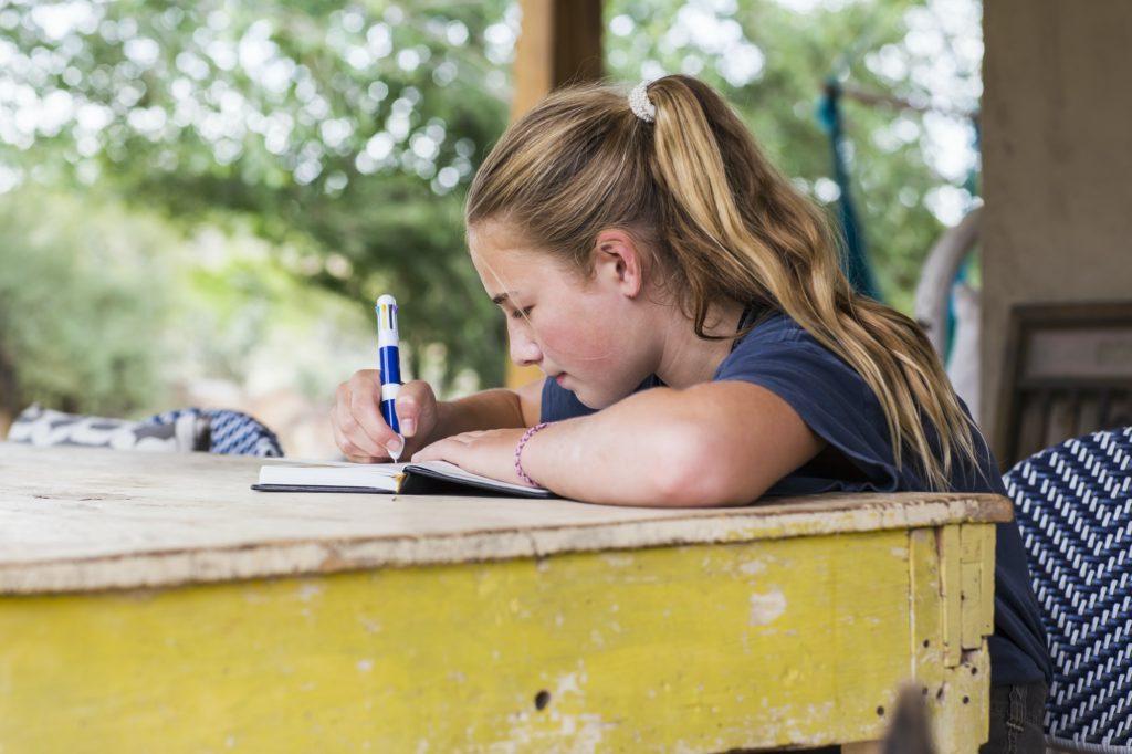 أهمية تعلم القراءة والكتابة