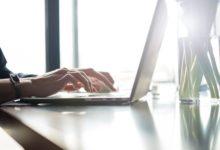 كيف اكتب بسرعة على الكمبيوتر: أفضل موقع تعلم الكتابة السريعة على الكيبورد 2021