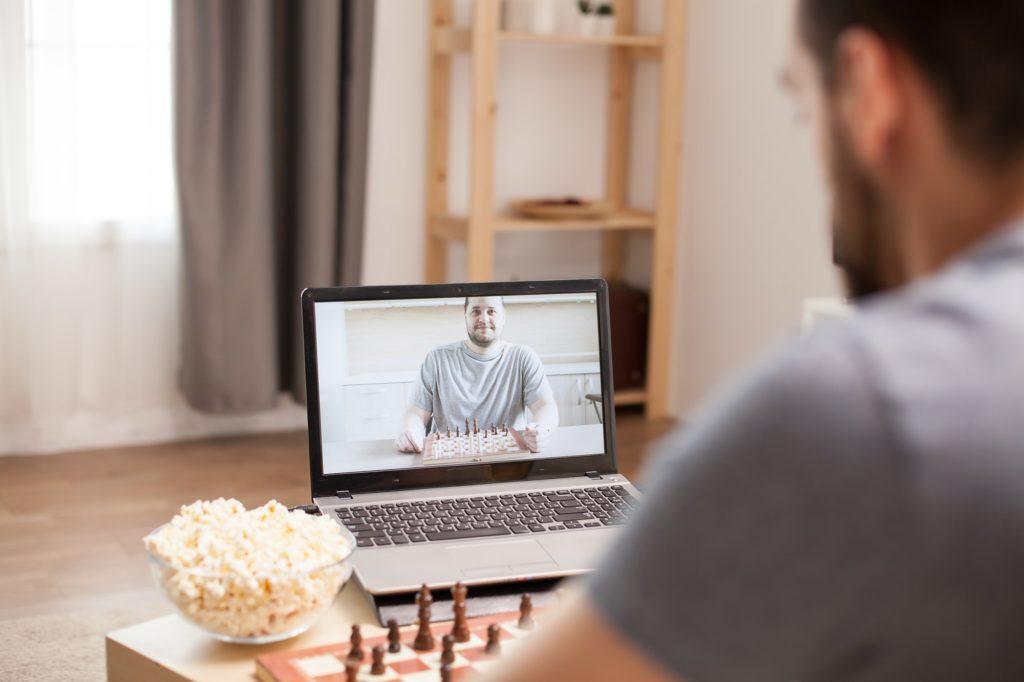 أفضل قنوات تساعدك في تعلم لعبة الشطرنج بمهارة واحترافية