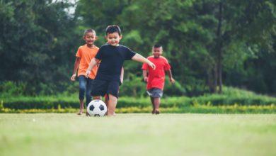 كيفية تعلم مهارات كرة القدم للأطفال؟ 7 نصائح لابد أن يعرفها الأباء