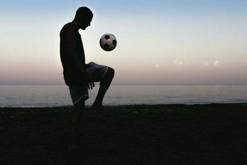سبب تفضيل الرجال لكرة القدم