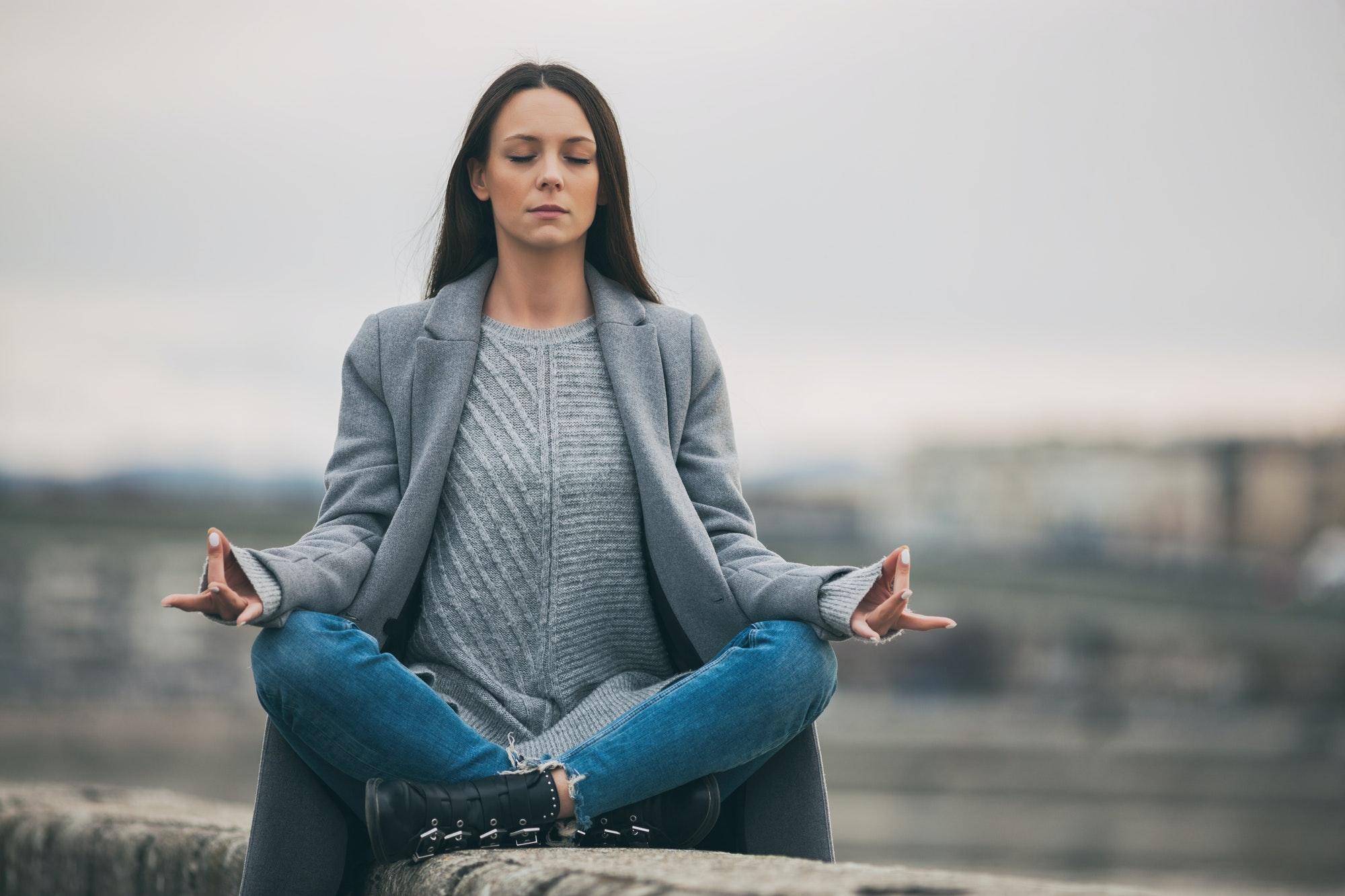 كيفية تعلم اليوغا للمبتدئين