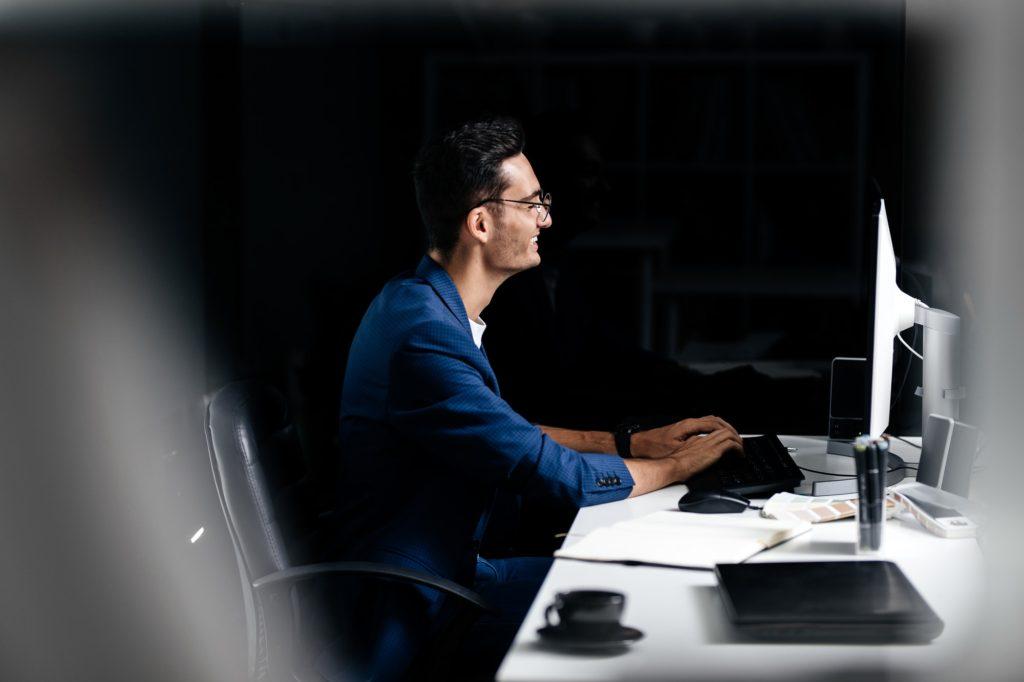 أفضل 5 مواقع لتحسين سرعة الكتابة على الكيبورد بالانجليزي