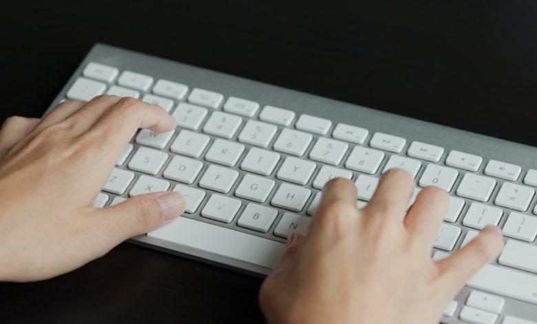 كيفية تحسين سرعة الكتابة على الكيبورد بالانجليزي خلال 4 ساعات؟