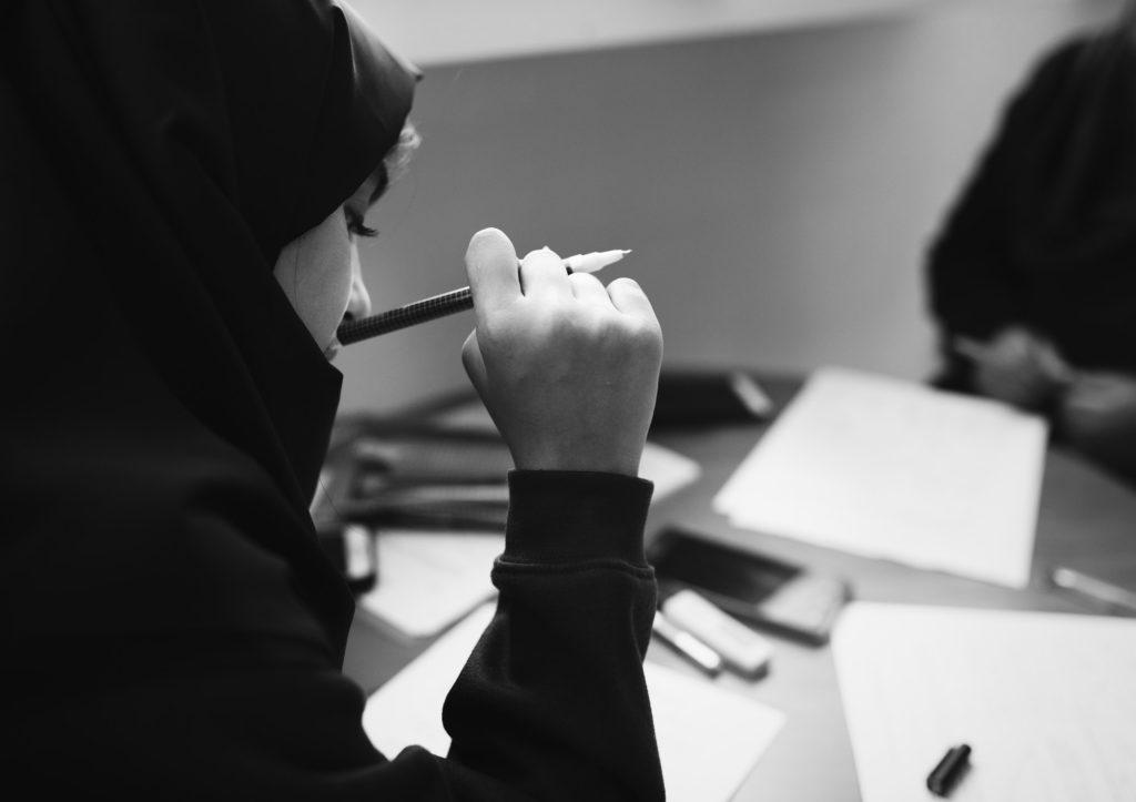 خطوات تعلم الخط العربي
