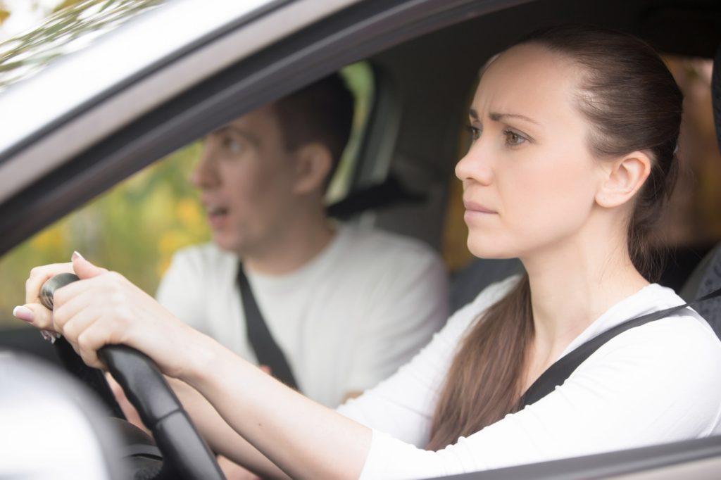 تعليمات يجب الانتباه لها جيدًا تعلم القيادة في البداية