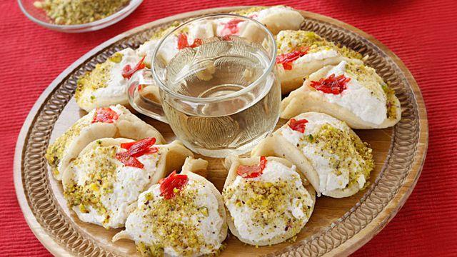 طريقة عمل القطائف بالكريمة من أشهر حلويات رمضان