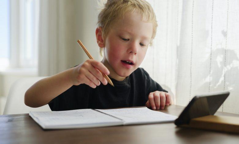 أساسيات تعلم كتابة اللغة العربية للاطفال