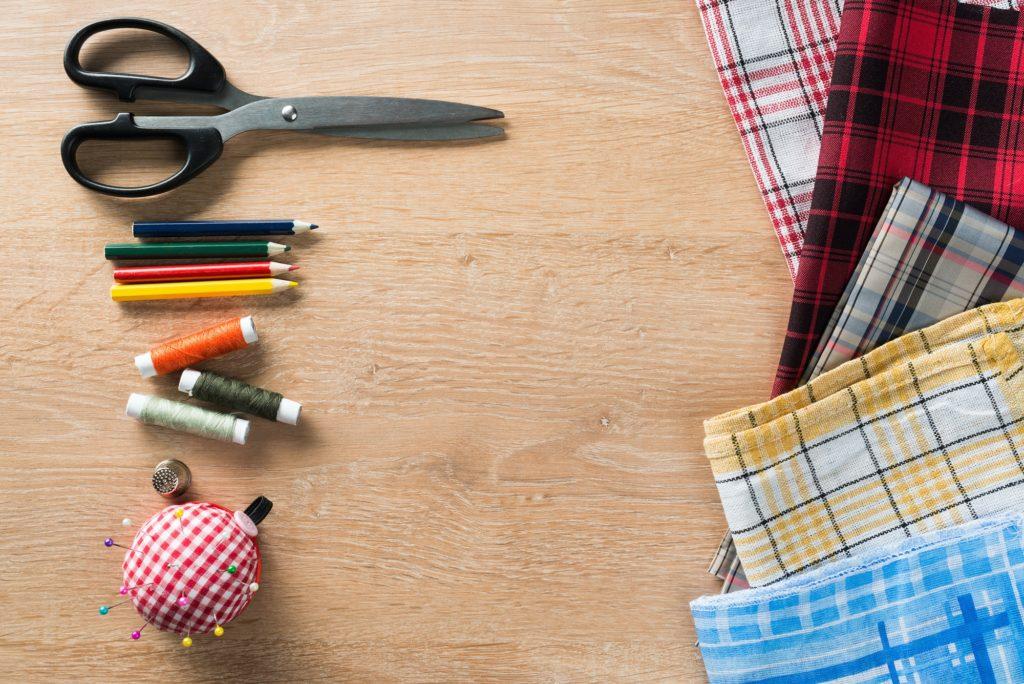 أدوات تعلم خياطة ملابس الاطفال