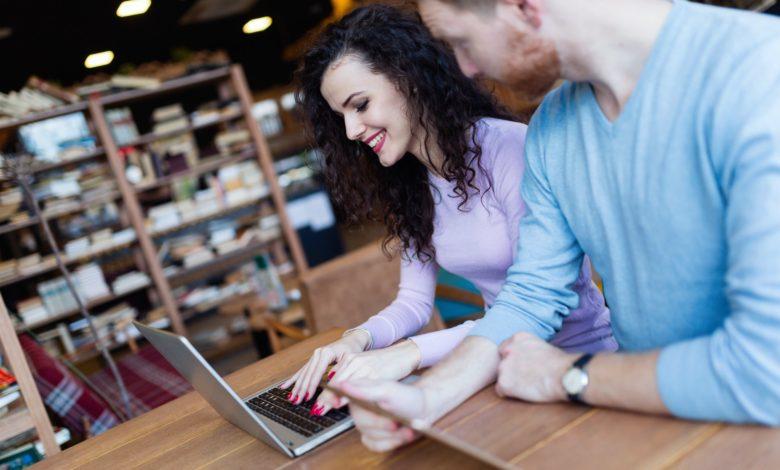 كيفية تعلم التدوين؟ 8 أساسيات إنشاء مدونة للمتدئين باحترافة