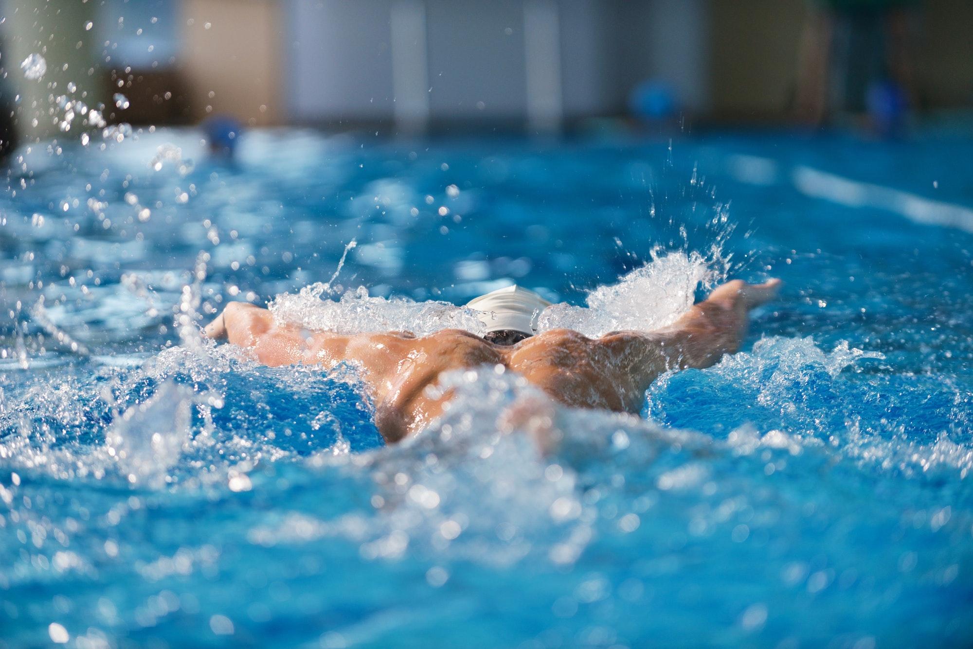 كيفية تعلم السباحه