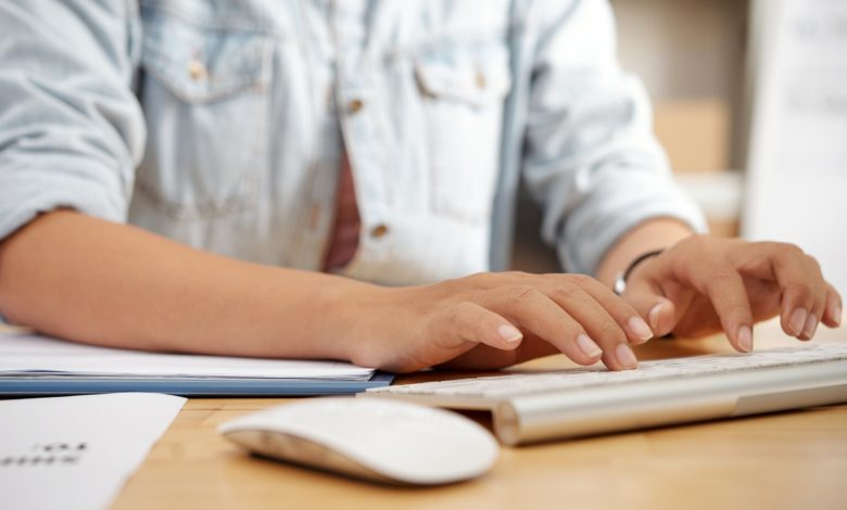 كيف اتعلم الكتابة على الكمبيوتر بسرعة؟ أفضل 3 مواقع لتعلم سرعة الكتابة على الكيبورد