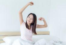 كيفية التخلص من النعاس في الصباح؟ 8 خطوات لتغلب على النوم بدون كافيين