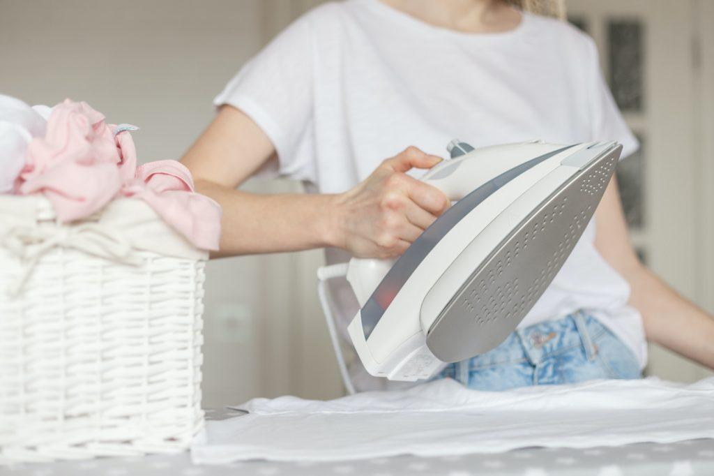 نصائح هامة للحفاظ على القماش وملابس الشيفون؟