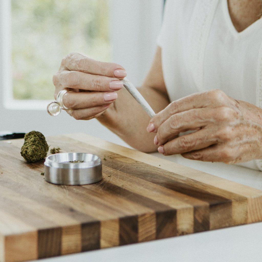 3 طرق لصنع معطر في المنزل