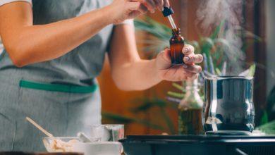 كيفية صنع معطر في المنزل بـ 8 وصفات سهلة التحضير ؟